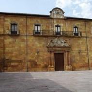Exterior Claustro Gótico